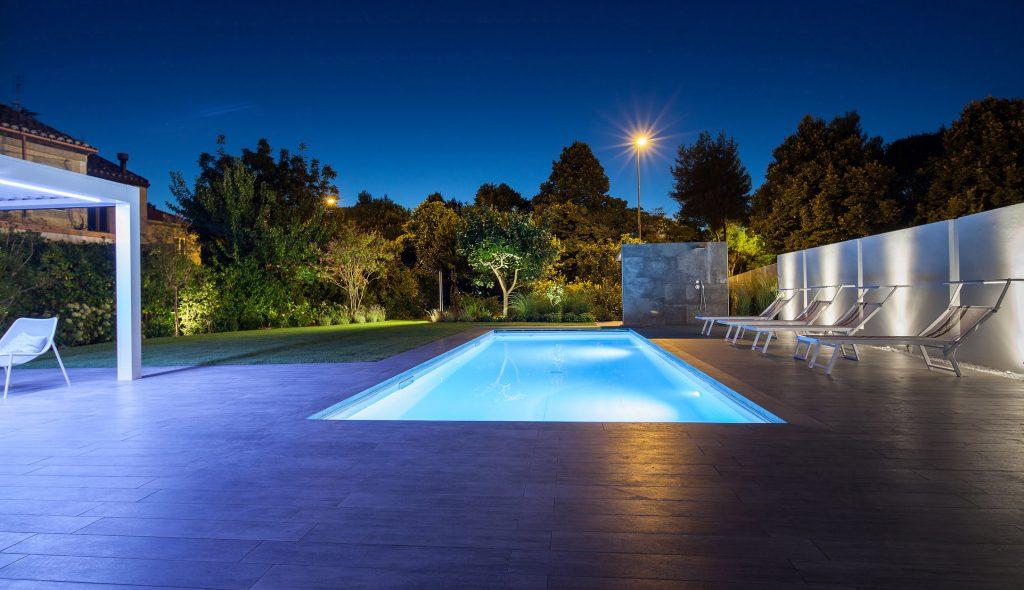 General pool lighting